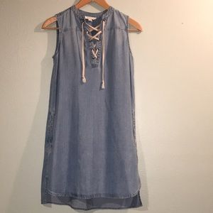 BeachLunchLounge Anthropologie Chambray Dress D6